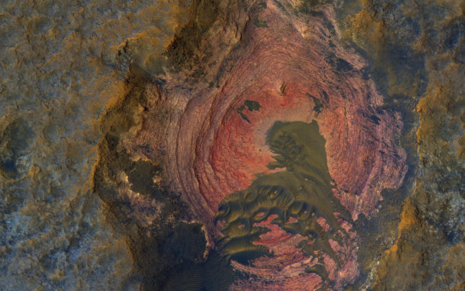 Layers and Dark Dunes on Mars, image NASA/JPL-Caltech/Univ. of Arizona CC BY-NC 2.0