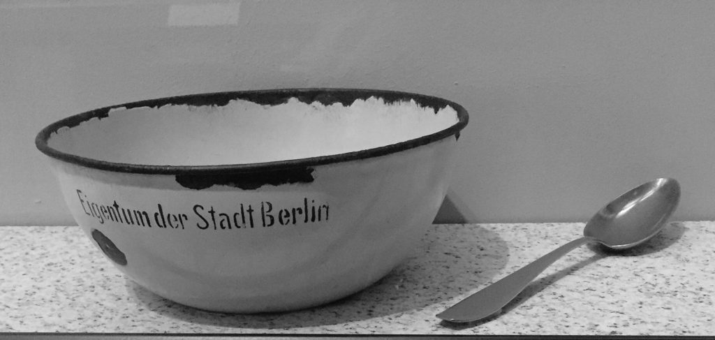 enamel bowl and spoon from German soup kitchen of 1930s: German History Museum